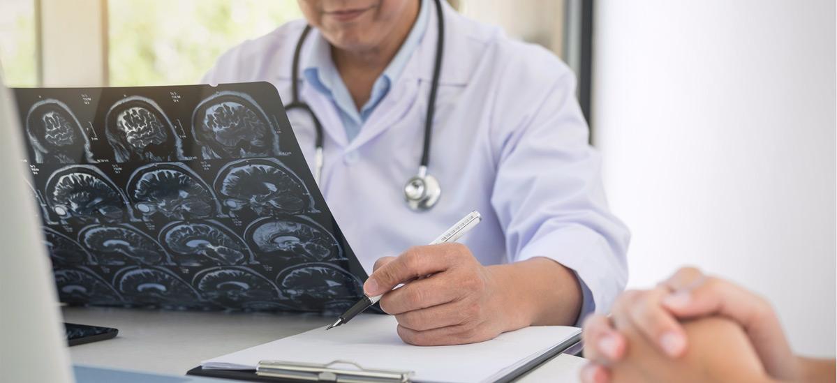 Dr. Leonardo Miguez | Neurocirurgia
